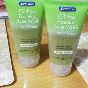 XtraCare oil free facial srrub
